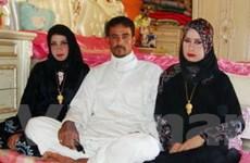 Chàng nông dân cưới hai chị em họ trong một đêm