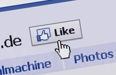 """Facebook muốn dàn xếp vụ kiện """"tài trợ quảng cáo"""""""