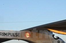 Máy bay năng lượng mặt trời bay xuyên qua sa mạc