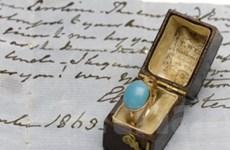 Đấu giá nhẫn của nữ văn sỹ nổi tiếng Jane Austen