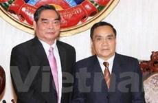 Thường trực Ban Bí thư hội kiến với Thủ tướng Lào