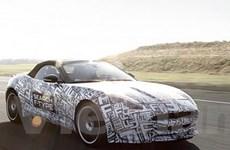 Jaguar F-Type roadster ra mắt tại triển lãm Paris