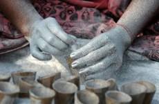 Nổ nhà máy pháo hoa Ấn Độ gây nhiều thương vong