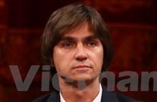 Giám đốc nhà hát Bolshoi bị tạt axít tới Đức chữa trị
