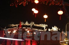 Rực rỡ lễ hội đèn lồng Hội An đón chào năm mới