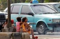 Karimun phạt tù bố mẹ để con làm việc đường phố