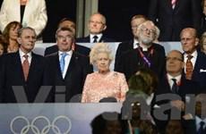 Nữ hoàng Anh hoãn thăm xứ Wales vì sức khỏe
