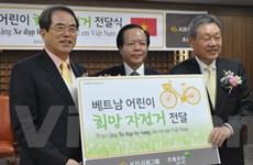 Hàn Quốc tặng 1.500 xe đạp cho học sinh Việt Nam