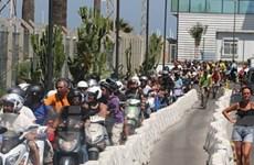 Anh phản đối gây ách tắc trên biên giới với Gibraltar