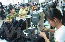EU gia hạn thuế bán phá giá với giày Việt Nam