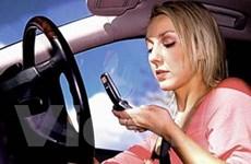 Nhắn tin khi lái xe dễ gây tai nạn gấp 23 lần