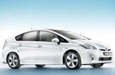 Doanh số bán ôtô hybrid của Toyota vượt 2 triệu xe