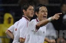 """""""Vua việt vị"""" Inzaghi mang chiến thắng cho AC Milan"""