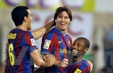 Messi và Ibrahimovic nổ súng, Barca chiếm ngôi đầu