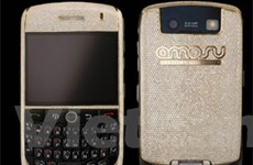 BlackBerry nạm kim cương giá hơn 200.000 USD