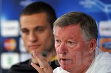 """Ferguson """"dọa"""" mang """"hỏa lực mạnh"""" đến Anfield"""