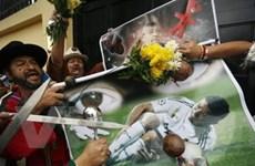 """Real Madrid và Bồ Đào Nha đều """"nóng"""" vì Ronaldo"""