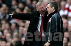 Ông Ferguson bị treo 2 trận vì chỉ trích trọng tài