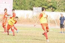 Các cầu thủ U23 Việt Nam luyện kỹ bài đánh đầu