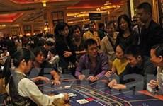 Cảnh sát Singapore học đánh bạc để chống tội phạm