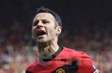 Chiến thắng đậm đà, Man Utd vươn lên ngôi đầu