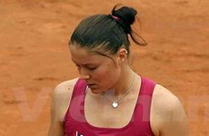"""Safina sớm bị truất """"ngôi hậu"""" tại Italy Open"""