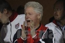 Cựu Tổng thống Mỹ dự lễ hội khiêu vũ Life Ball