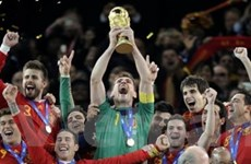 Iniesta đưa Tây Ban Nha lần đầu lên đỉnh thế giới