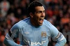Carlos Tevez tỏa sáng đưa Man City trở lại ngôi nhì