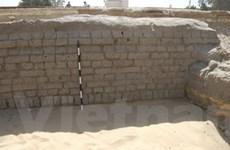 Phát hiện tường khổng lồ bảo vệ Nhân sư Sphinx