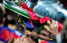 Messi xô đổ kỷ lục