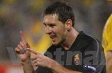 Barca hủy diệt BATE trong ngày Messi phá kỷ lục