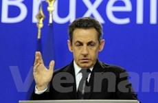 Cấp khoản vay 200 tỷ euro để giải cứu Eurozone