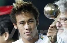 """""""Bán Neymar chẳng khác nào bán tương lai Santos"""""""