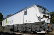 Siemens bán 2 đầu máy xe lửa Vectron cho Italy