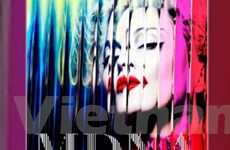 Madonna soán ngôi của huyền thoại Elvis Presley