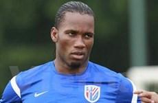 Didier Drogba và Nicolas Anelka sắp phải ra đường