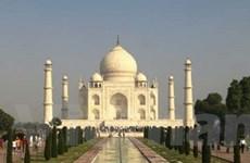 """Dubai thu hút các cặp đôi với """"Taj Mahal"""" nổi tiếng"""