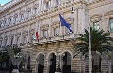 Nợ công của Italy tiếp tục tăng lên mức kỷ lục mới