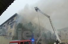 TP.HCM: Cháy xưởng sản xuất gỗ rộng hàng ngàn m2