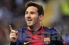 Lionel Messi chính thức gia hạn hợp đồng với Barca