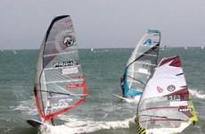 Khởi tranh giải lướt ván buồm quốc tế Việt Nam