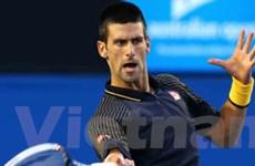 Djokovic và Federer thẳng tiến vào tứ kết ở Dubai
