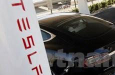 Elon Musk rót 100 triệu USD cho Tesla để trả nợ