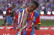 Tân binh M.U giúp Palace trở lại Premier League