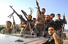 Iran chỉ trích việc vũ trang cho quân nổi dậy Syria