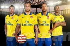 Arsenal chốt danh sách 24 cầu thủ sang Việt Nam