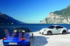 Porsche giới thiệu 2 phiên bản 911 Carrera 4 GTS