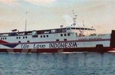 Chìm phà ở Indonesia làm 10 người bị thiệt mạng