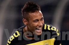 """Real và Barca có nguy cơ ăn """"trái đắng"""" vụ Neymar"""